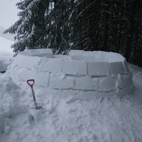 Construction d'igloos VACANCES SCOLAIRES